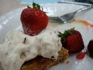 Oatmeal shortbread with mascapone cream